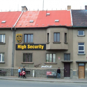 Světelná reklama - HIGH SECURITY