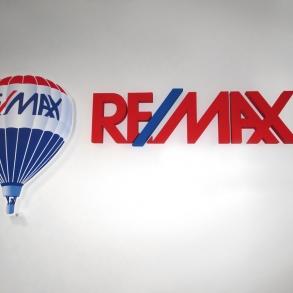 3D logo - REMAX