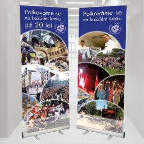 roletové stojany pro nadaci 700 let města Plzně