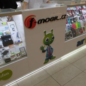 3D loga a 3D maskot Ufon pro F-mobil