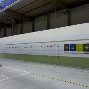 výroba 20 metrů dlouhé desky do haly