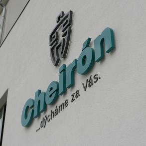 světelná reklama Cheirón